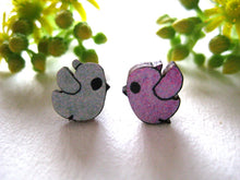 Load image into Gallery viewer, Sonia Brit studs - bob birds grey/pink