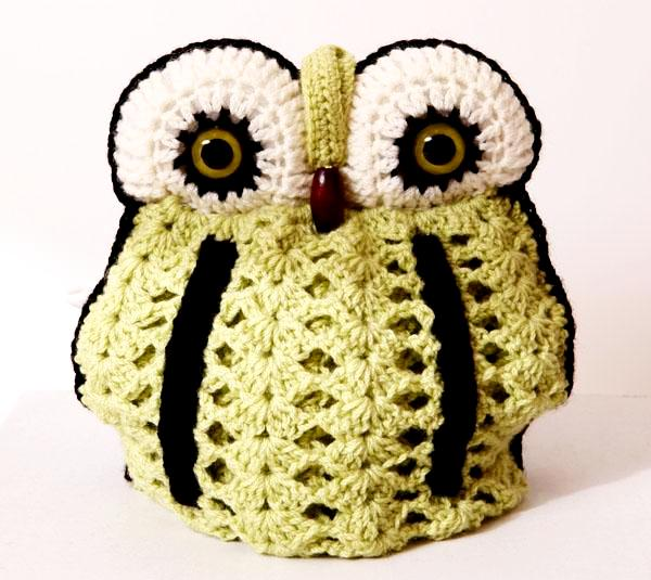 Owl tea cosy 4 pot - fresh colour celery