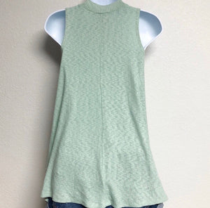 Mint Sweet Treat Top