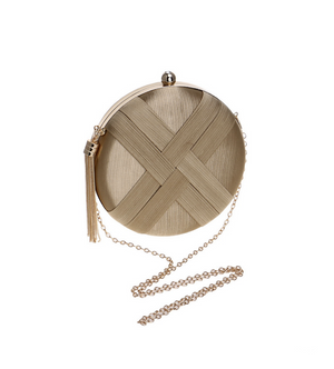Tassel Metal Small Day Clutch - BellaNiecele