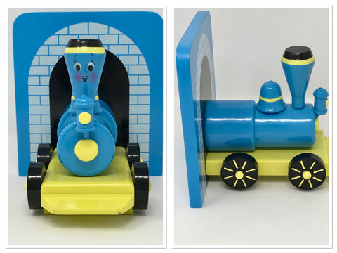 "Vintage Toy Train Bookend ""The Little Engine That Could"" - Regalo Di Lusso"