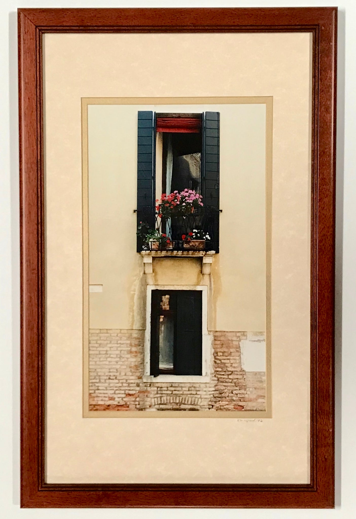 """Venetian Balcony"" Photo Signed by David Maynard encased in a Cherry Scoop Frame - Regalo Di Lusso"