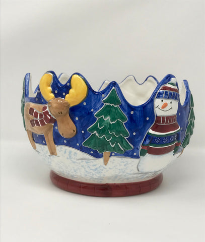Vintage St. Nicholas Bowl Featuring a Snowman and Christmas Moose - Regalo Di Lusso