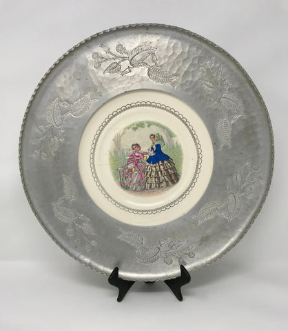 Vintage Farberware Hammered Aluminium with Victorian Plate 1940's Collector Piece - Regalo Di Lusso