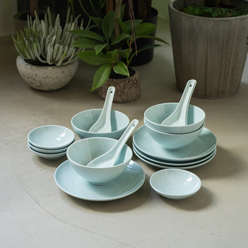 Studio Celadon Blue - 16pc Bundle for 4 people - Oriental (STO)