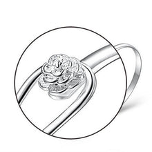Load image into Gallery viewer, Solid Silver Elegant Flower Clasp Bracelet