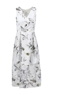 Elegant V Neck Sleeveless Floral Dress