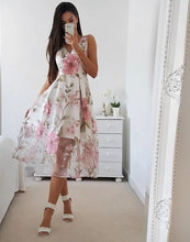 Load image into Gallery viewer, Elegant V Neck Sleeveless Floral Dress