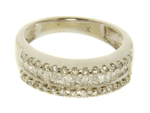 0.70ct Round Princess & Baguette Diamond Band Ring - Chicago Pawners & Jewelers