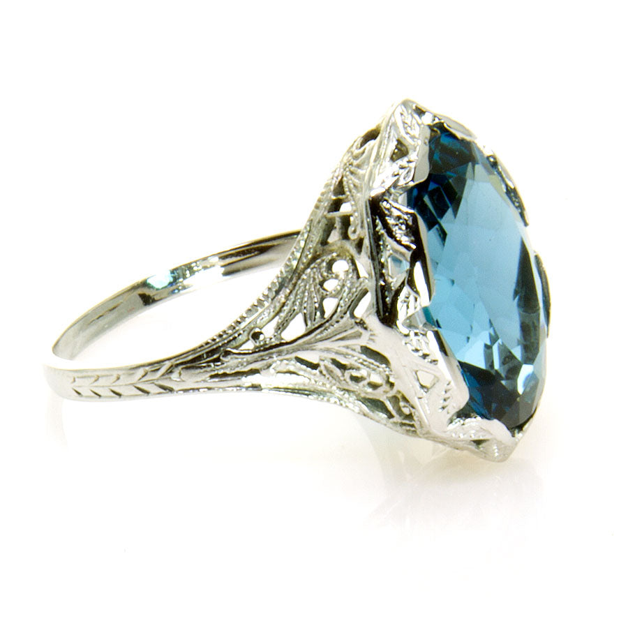 Antique 18K Filigree Blue Topaz Ring - Chicago Pawners & Jewelers