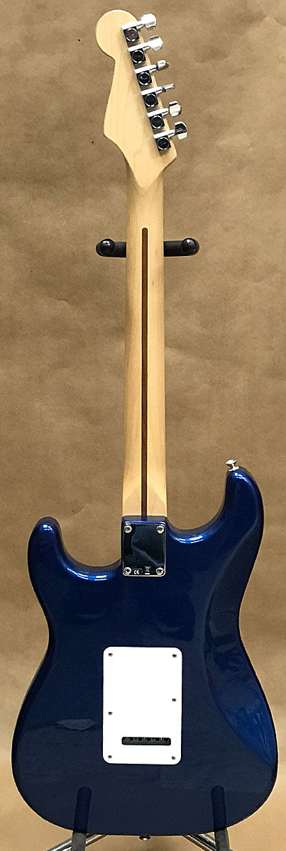 Fender Stratocaster Electric Guitar 2006 - Chicago Pawners & Jewelers