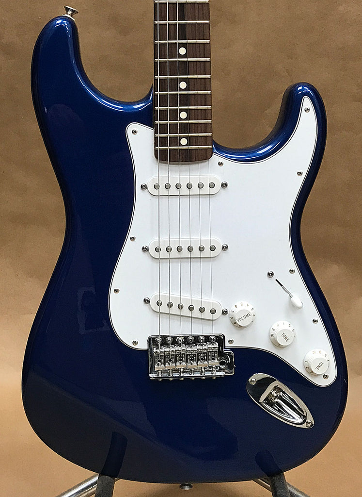 Fender Stratocaster Electric Guitar 2006