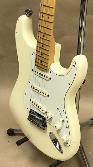 2012 Fender American Standard Stratocaster - Chicago Pawners & Jewelers