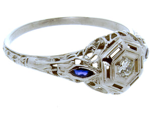 1920s Diamond & Sapphire Filigree Ring - Chicago Pawners & Jewelers