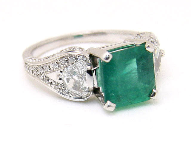 Designer 4.17ct Emerald & Diamond Ring - Chicago Pawners & Jewelers