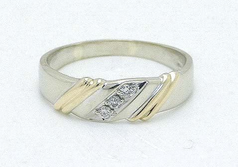 Man's 14Kt Diamond Wedding Band