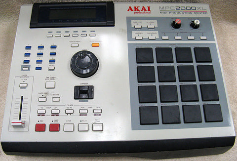 Akai MPC2000XL Midi Production Center