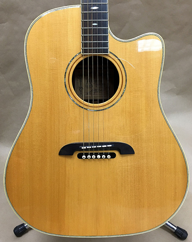 Alvarez Yairi DY84C Acoustic/Electric Guitar - Chicago Pawners & Jewelers