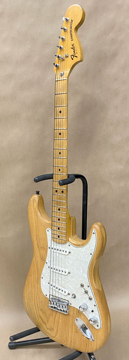1976 Fender Stratocaster Hardtail - Chicago Pawners & Jewelers