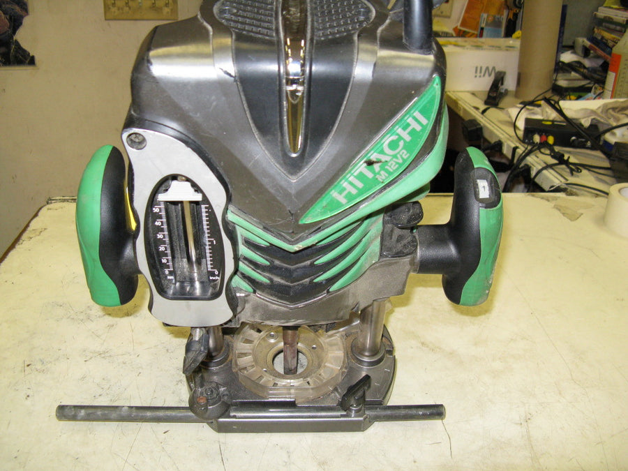 Hitachi M12V2 Plunge Router - Chicago Pawners & Jewelers