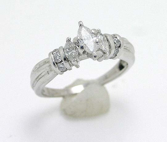 0.70ct Diamond Engagement Ring - Chicago Pawners & Jewelers