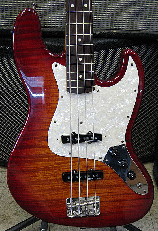 Fender '60s Jazz Bass - Chicago Pawners & Jewelers