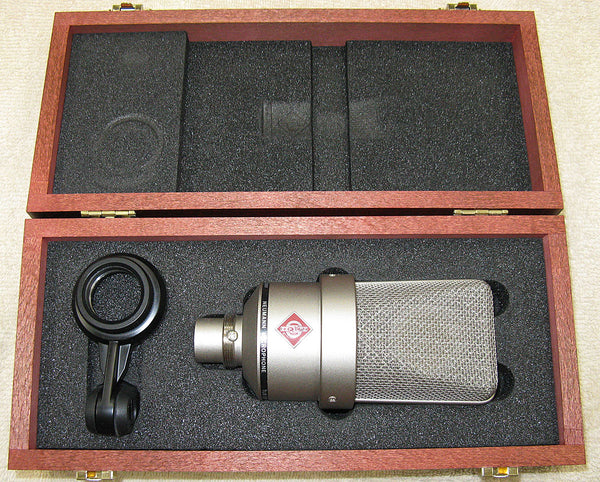 neumann tlm 103 condenser microphone at chicago pawners cpj. Black Bedroom Furniture Sets. Home Design Ideas
