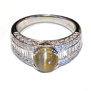 3.19ct Chrysoberyl Cat's Eye & Diamond Platinum Ring