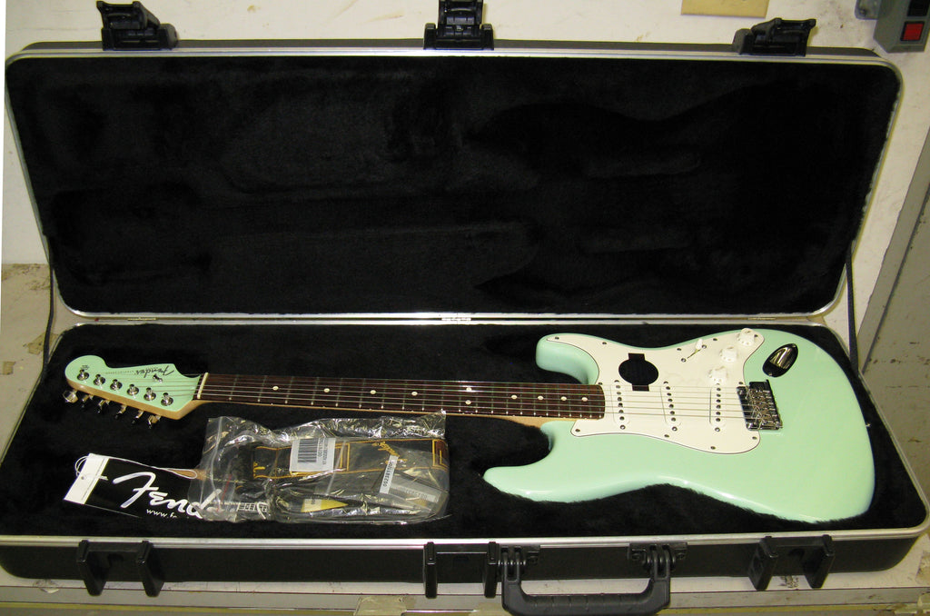 Fender American Standard Stratocaster - BRAND NEW - Chicago Pawners & Jewelers