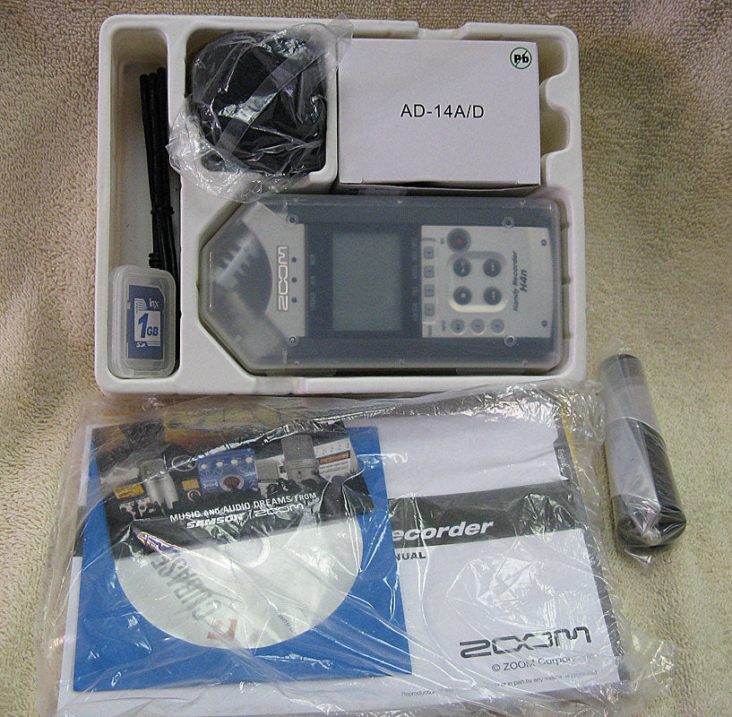 Zoom H4n Mobile 4-track Recorder