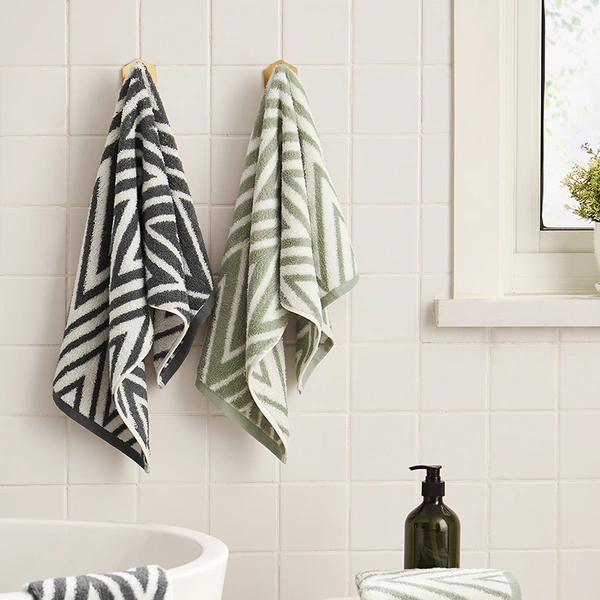 "[Minimum 2 Per Order] Simple 100% Cotton Jacquard Towel - 13.39"" x 29.92"""