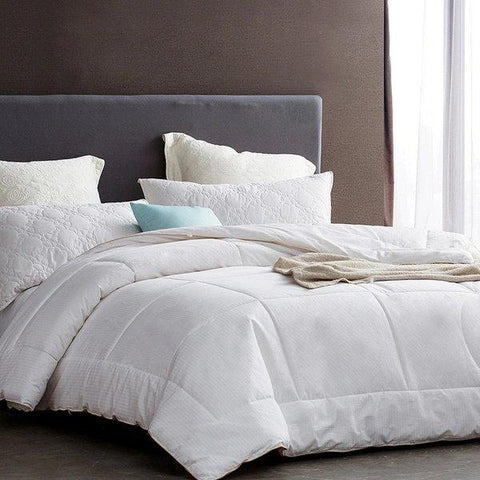 100% Australian Wool Comforter Home & kitchen LIFEASE