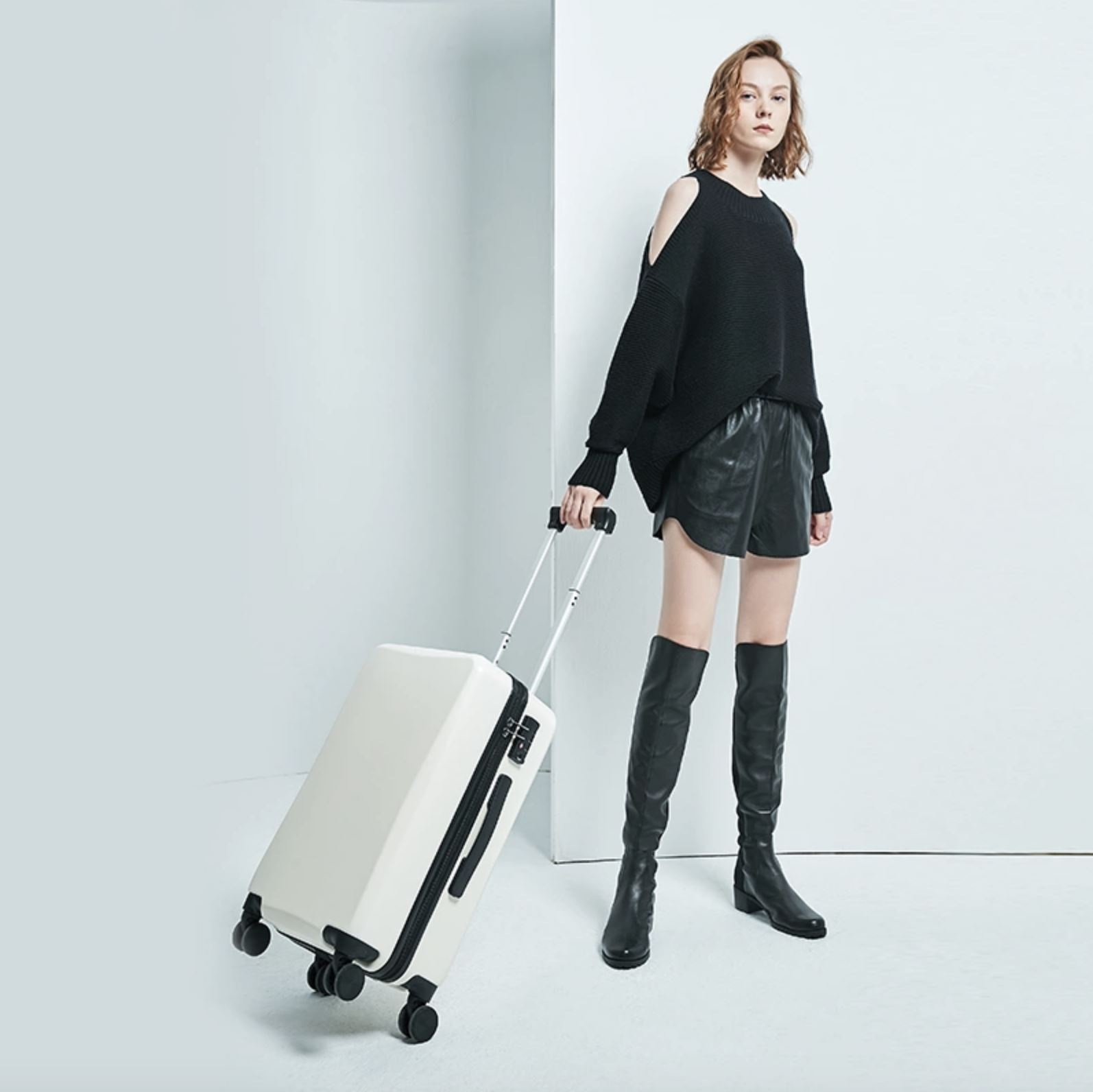 20-inch Matte Carry-on Luggage (外部仓) Sports & Travel LIFEASE
