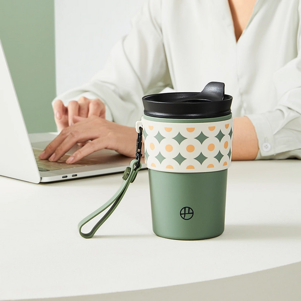 Desktop Travel Tumbler - Ideal for Coffee, Tea, and More
