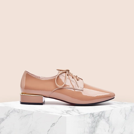 Women's Patent Leather Lace-Up Oxfords