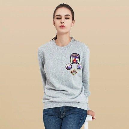 Women's Round Neck Sweatshirt with Vintage Badges Design Apparel shoe bag LIFEASE