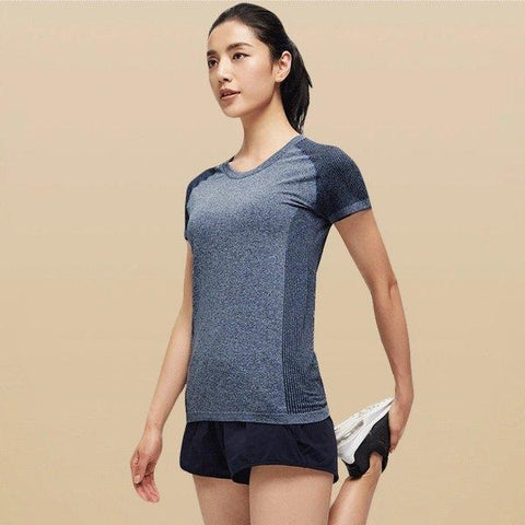 Women's Seamless Sports T-Shirt Sports & Travel LIFEASE