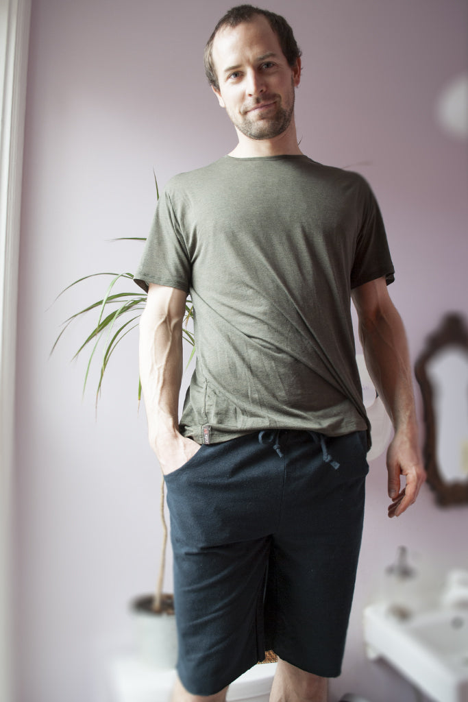 Organic Mens Yoga T-Shirt in Seaweed