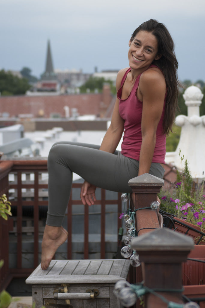 Nati Yoga Leggings in Organic Soy Fabric