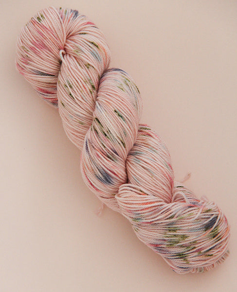 Hand-Dyed Fingering Yarn Skein: Georgie Girl