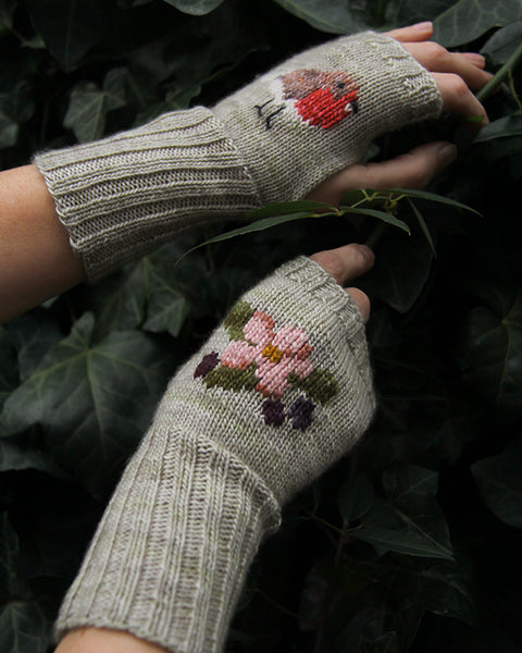 Misselthwaite Mitts Knitting Kit