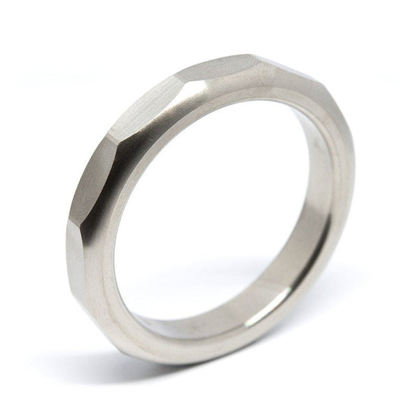 Bolt Cock Ring