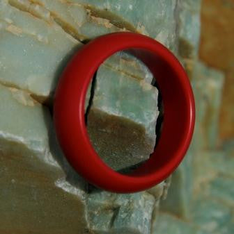 NEW ....   Mavrik Glans Ring in Red