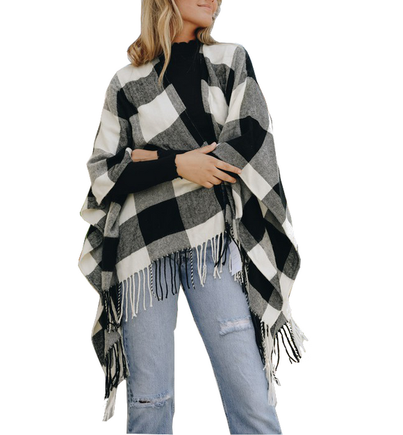 White & Black Buffalo Check Tassel Poncho