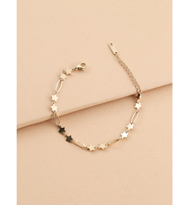 Shoot for the Stars Bracelet in Gold