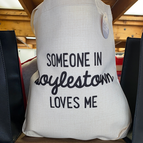 Someone in Doylestown loves me tote