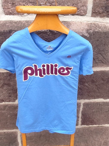 Ladies Retro Phillies Harper V-neck