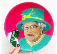 Load image into Gallery viewer, The Queen & Gin