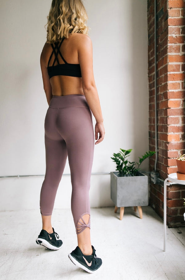 Back At It Capri Leggings