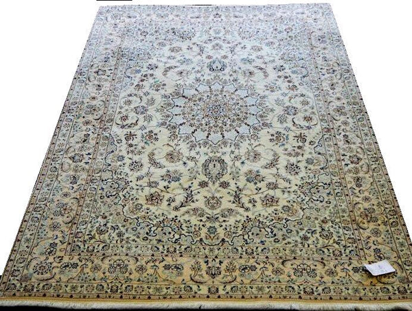 14581 - Nain Persian Hand-Knotted Authentic/Traditional Carpet/Rug